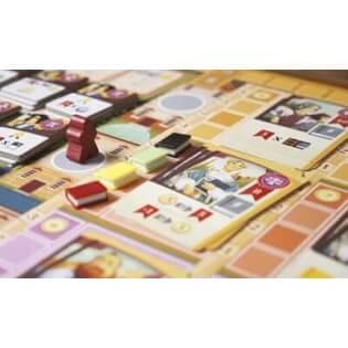Spielmaterial mit Büchern- Alma Mater