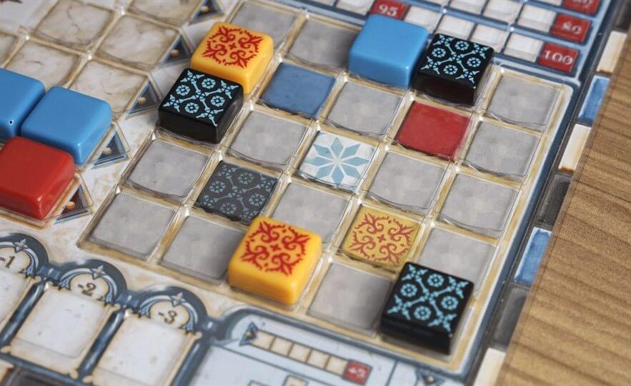 Kunststoffauflagen für den Spielplan- Azul: Das gläserne Mosaik