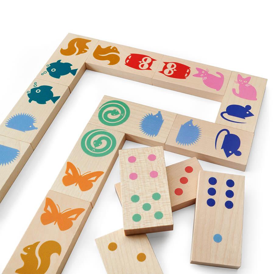 Farbige Spielsteine- Brändi Domino